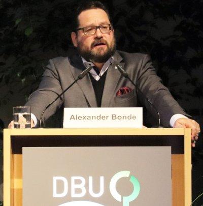 Forderte praxistaugliche Lösungsansätze in der Tiermedizin: DBU-Generalsekretär Alexander Bond; Bildquelle: Deutsche Bundesstiftung Umwelt