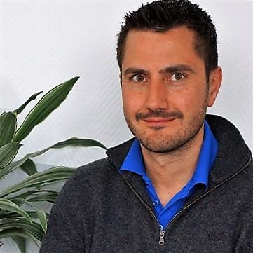 Dr. Matthias Rettig, Fachtierarzt für Pferde,