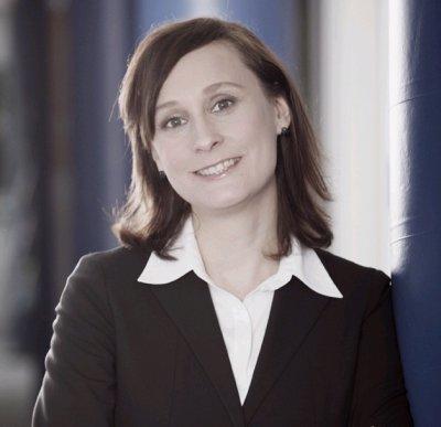 Melanie Huber leitet Verlagsbereiche Komplementär- und Tiermedizin bei Thieme; Bildquelle: Thieme Verlag