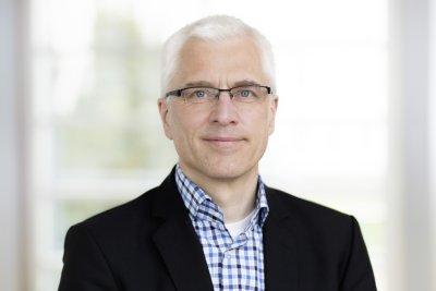 Prof. Dr. Axel Brakhage, Sprecher von InfectControl 2020; Bildquelle: Anna Schroll/HKI